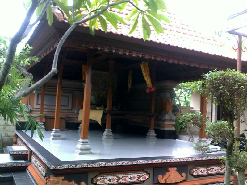 Peluang Usaha Kerja Rumah Bale Bali Saka Kutus Ukir Desain