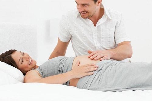 هل الجماع في الشهر الثامن خطر على الحامل؟