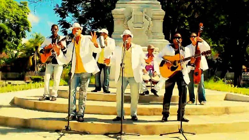 Azabache - ¨La fórmula¨ - Videoclip - Dirección: LIA VIDEOS. Portal Del Vídeo Clip Cubano - 01