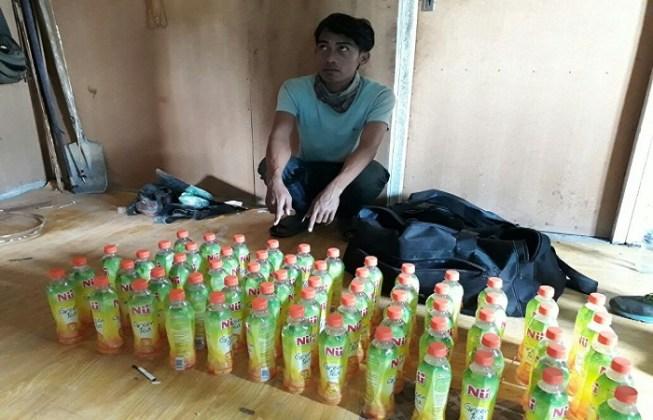 Bawa Puluhan Botol  Miras, Seorang Pria Dibekuk Polisi Tolikara