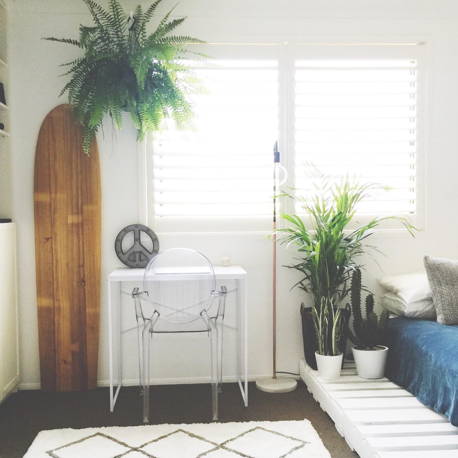 honey and fizz: Teen Bedroom - Finn's Room Makeover ... on Pallet Bed Room  id=40511