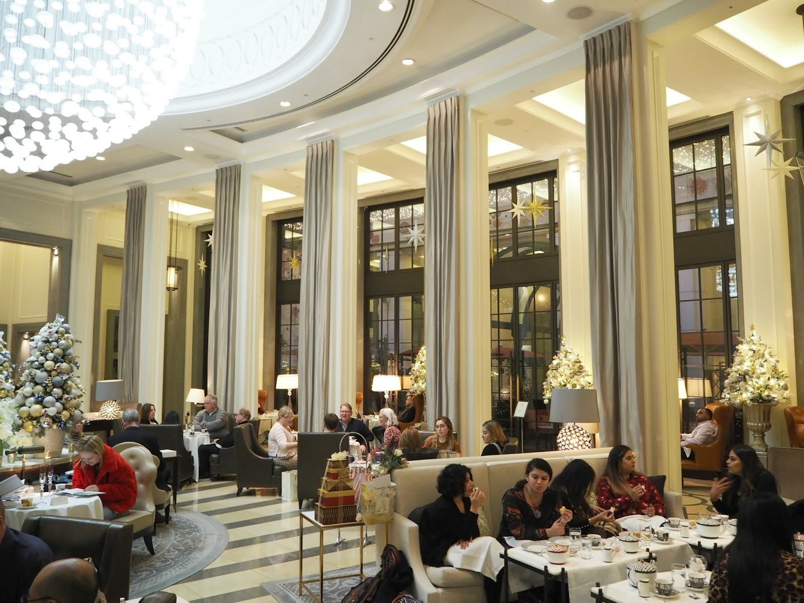 The Crystal Moon Lounge Corinthia Hotel Afternoon Tea