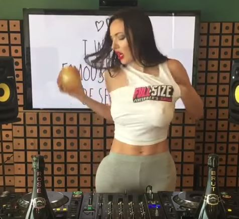 Female DJ Showed Off Her Sexy Curves While Doing Facebook Live Video To Point Out A Very Important Thing!