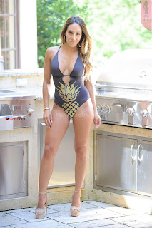 Melissa-Gorga-in-Swimsuit-2017--02+%7E+SexyCelebs.in+Exclusive.jpg