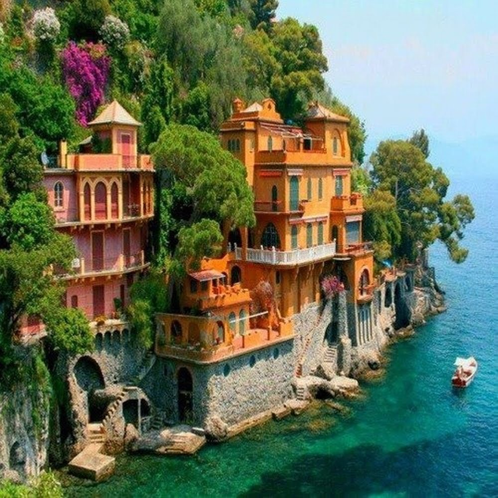 Best Places For Holiday In June: The Nicest Pictures: Portofino, Italy