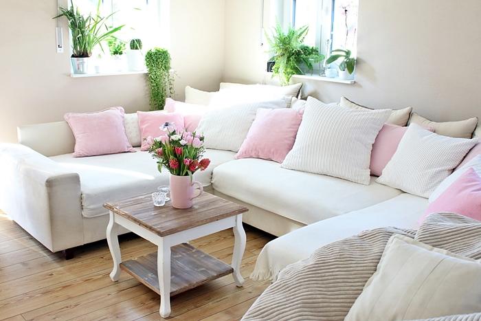 wir bauen ein haus unser wohnzimmer fashion kitchen. Black Bedroom Furniture Sets. Home Design Ideas