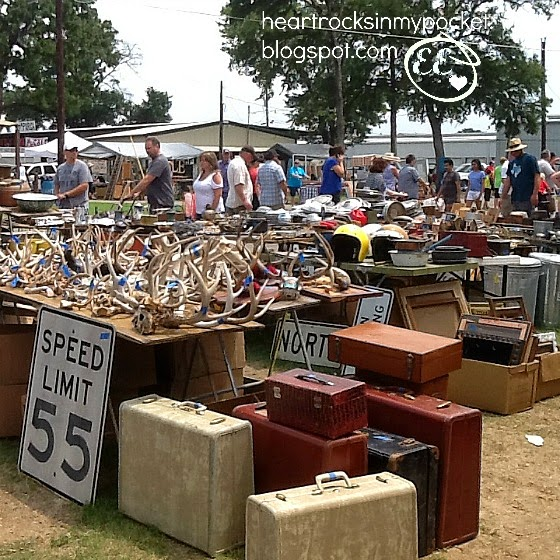 heart rocks in my pocket an august trip to the flea market canton tx. Black Bedroom Furniture Sets. Home Design Ideas