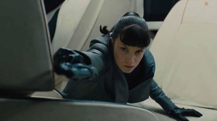 Sylvia Hoeks en Blade Runner 2049