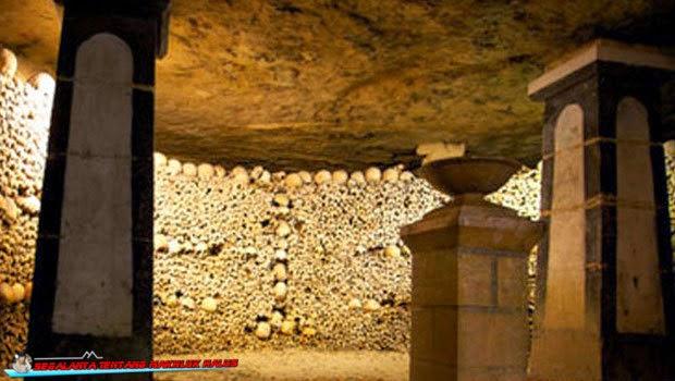 Kuburan Bawah Tanah Paris