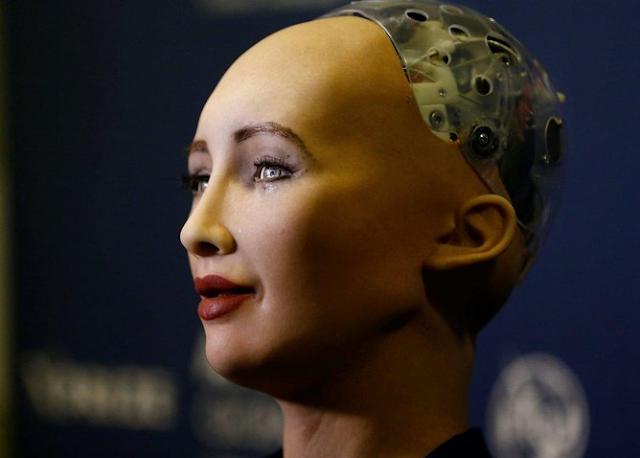 Shopia, Robot Cantik jadi Sejarah Pertama di Dunia yang Mendapatkan Status Kewarganegaraan