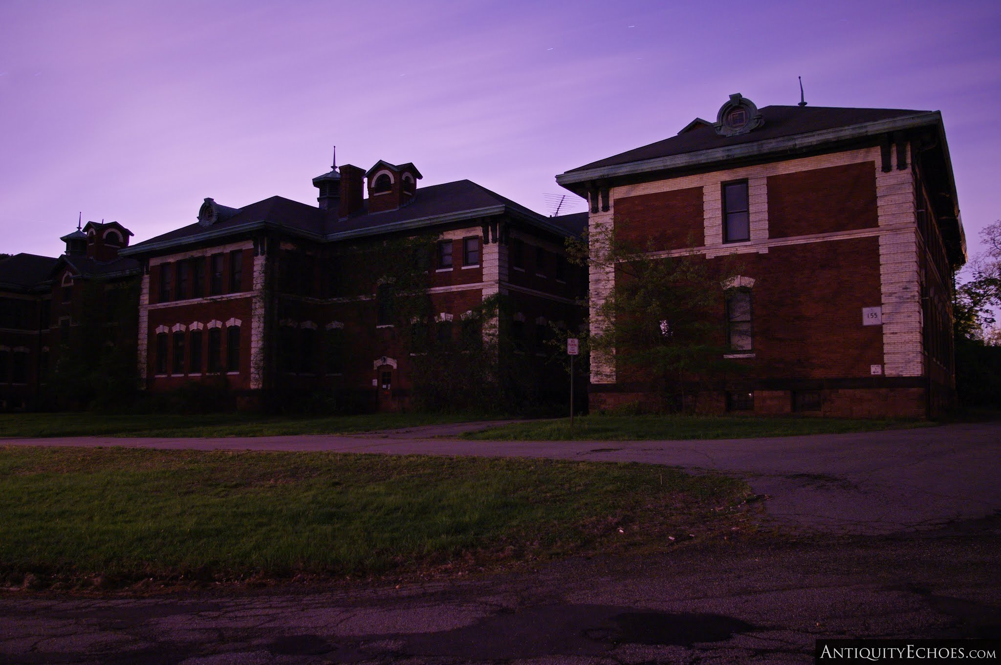 Overbrook Asylum - Building Five and the Night