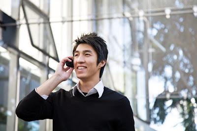 Tips Meminimalkan Efek Buruk Radiasi Ponsel