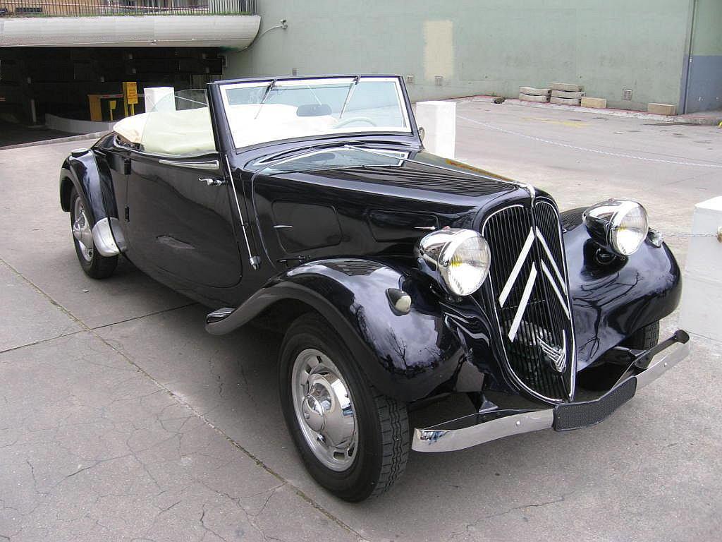 classic car posters citroen cabriolet 11 bl. Black Bedroom Furniture Sets. Home Design Ideas