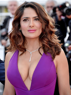 Sexy Salma Hayek Cleavage Cannes 2015