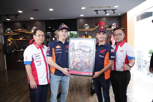 MM93-Dan-DP26-Visit-Indonesia-2017-4