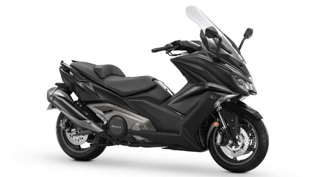 kymco ak550 a super touring maxi scooter wazzup pilipinas news and events. Black Bedroom Furniture Sets. Home Design Ideas