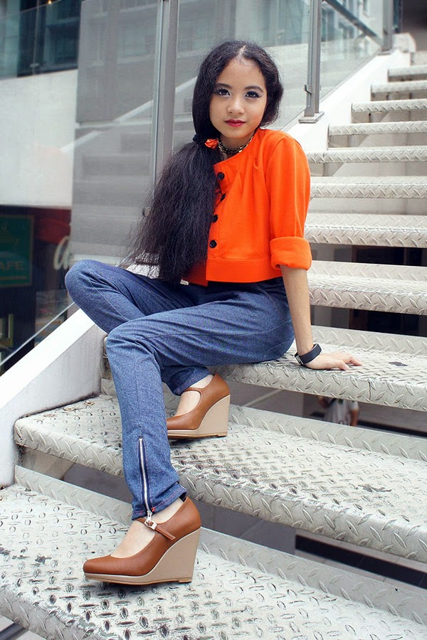 Blue is the New Pink, SEA Citizen The Cropped Jacket Tangerine, SEA Citizen Mono Tank Top Tangerine, SEA Citizen Jeggings Jersey Blue, Summit Pumps, Fossil Digital Watch, Orange and Denim, summer to fall look