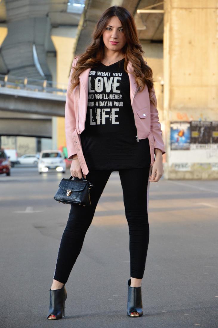 Un total look firmato Zara con accessori colorati Inside Me