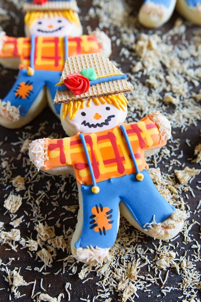 Scarecrow Cookies ♥ bakeat350.net