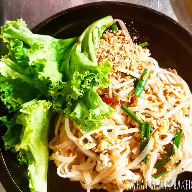 pad thai streetfood bangkok