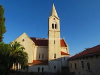Franjevački samostan i crkva, Sumartin, otok Brač slike