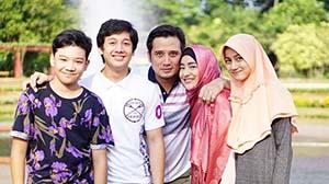 Farhana dan Keluarganya