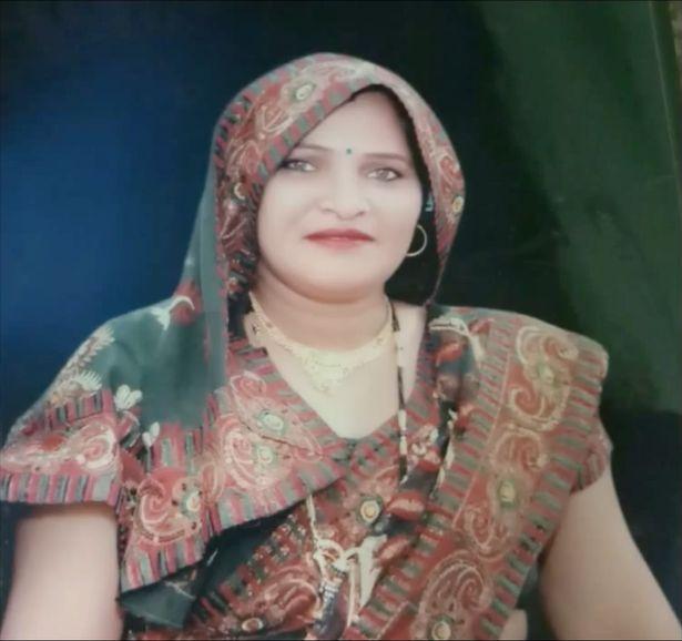 Wanita Ditanam Hidup-Hidup Guna Najis Akibat Dipatuk Ular