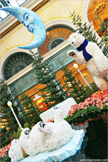 Holiday Glamour 2017 del Hotel Bellagio: Osos Polares y Luna