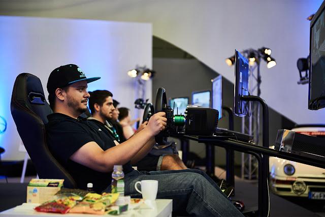 Μπήκαν στο ρεκόρ GUINNESS παίζοντας Forza Motorsport για 48 ώρες