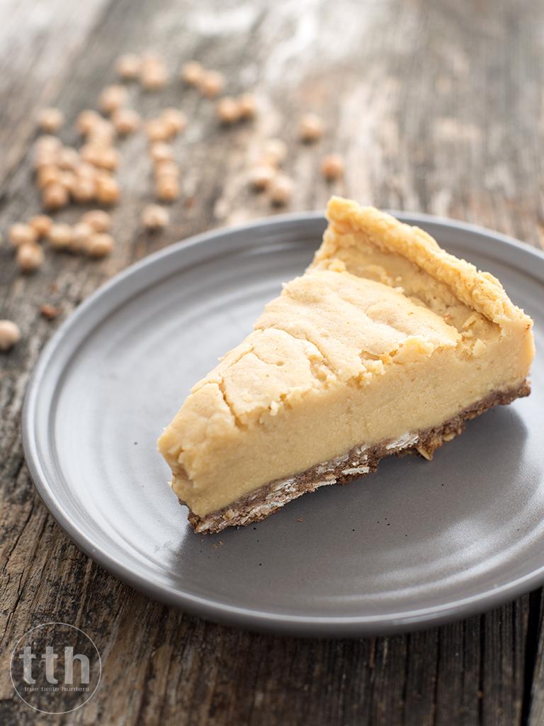 Sernik z ciecierzycy - przepis (weganskie, bezglutenowe, bez cukru)