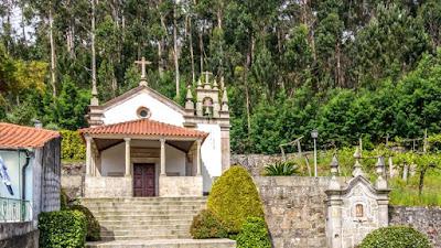 Templomok az út mentén