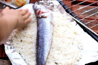 Cá lóc nướng muối hạt-Hương quê đồng nội