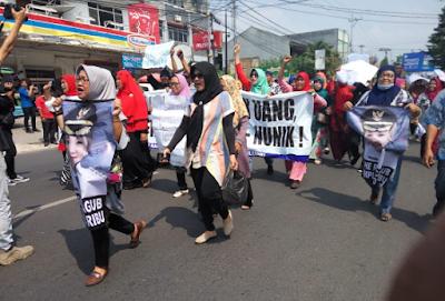 Orasi Massa, Dari Cagub Boneka Hingga Menyebut Bos SGC Gubernur Lampung
