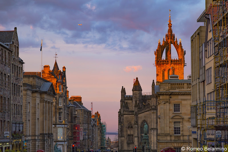 Royal Mile Sunset Things to Do in Edinburgh in 3 Days Itinerary