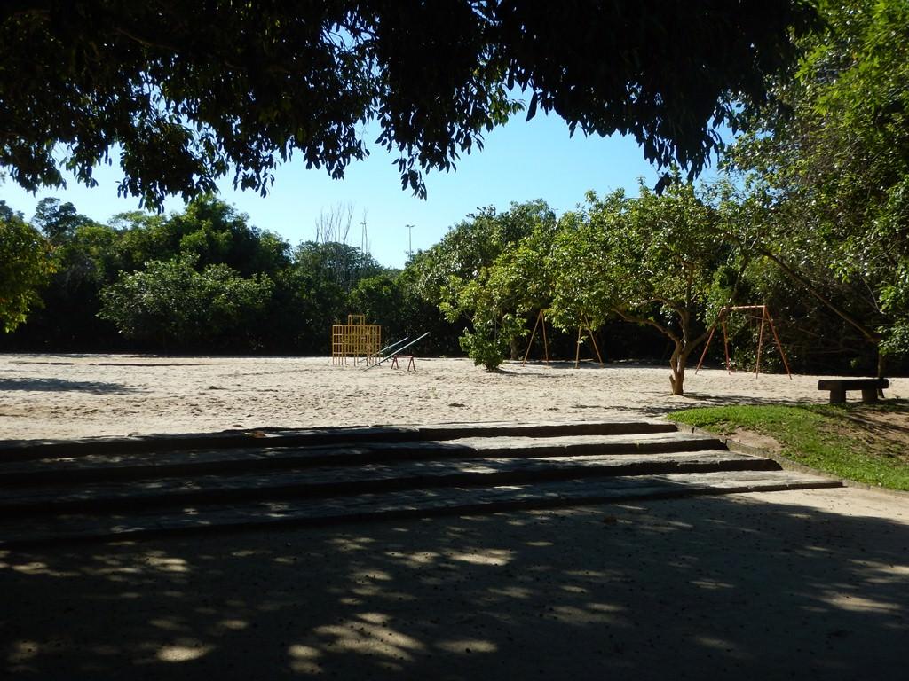 Playground para crianças no Bosque da Barra