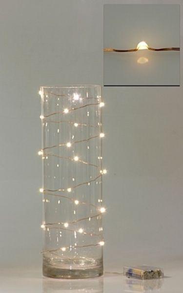 Bote con guirnalda de luces