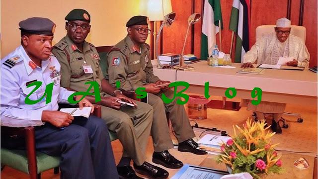 BREAKING: Buhari, Security Chiefs Meet In Aso Rock