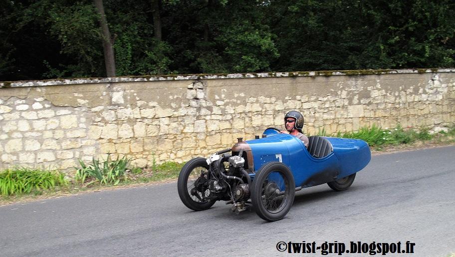 22 ème GP rétro du Puy Notre Dame 3_roues_c