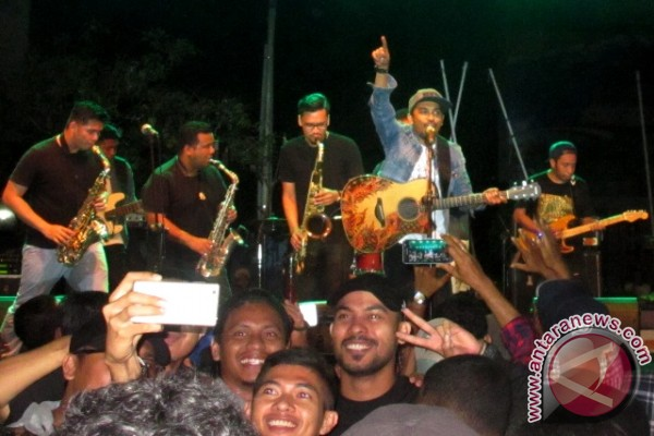 Sexx In The City (SITC) Feat Glenn Fredly