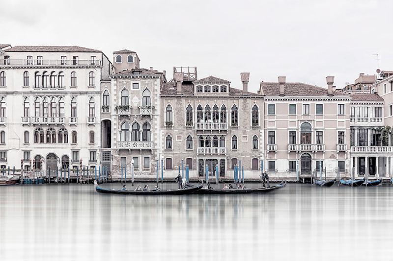 Laurent-Dequick-01 Serenita Veneziana: Pictures by way of Laurent Dequick Design