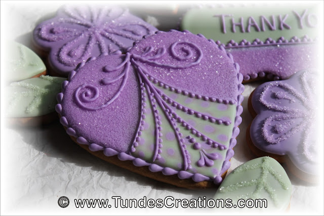 Purple heart cookie by Tunde Dugantsi