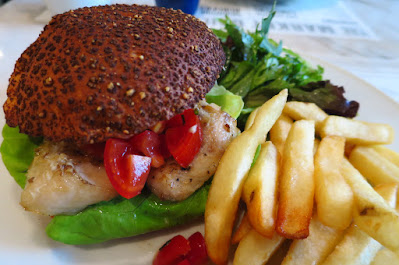 Market Grill, cod burger