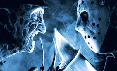 Rostro de Freddy Krueger amenazando a Jason Voorhees