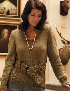 """Пуловер с поясом узором """"коса"""""""