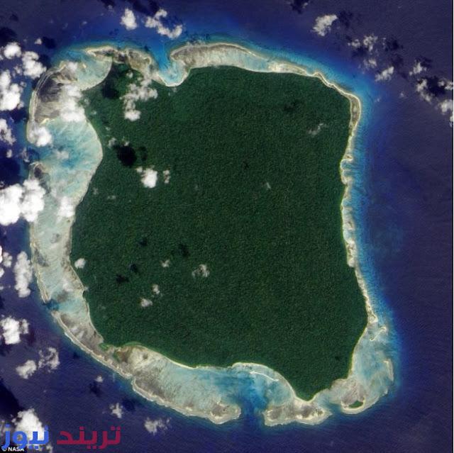 تريند  تقع جزيرة الحراس North Sentinel Island قبالة ساحل الهند في خليج البنغال, وهى جزيرة بعيدة عن الحضارة حيث لم يتمكن أي شخص من الاتصال بالسكان الأصليين الى الان.