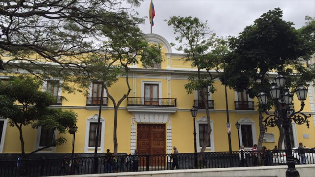 "Venezuela rechaza el ""criminal"" bloqueo de EEUU contra Cuba"