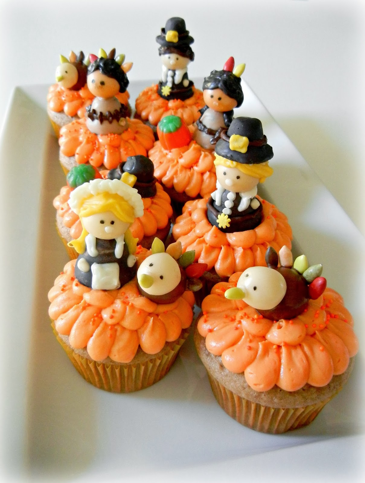 Sugar Swings Serve Some Thanksgiving Cupcakes With