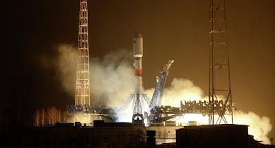 Μυστηριώδης ρωσικός δορυφόρος προκαλεί τρόμο στο State Department: Πρόκειται για διαστημικό όπλο; – Τι απαντά η Μόσχα