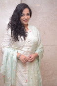 nithya menon new glam gallery-thumbnail-18