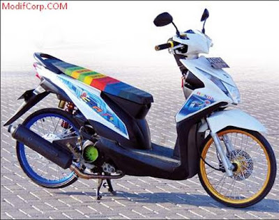 Modif Beat FI Warna Putih Biru Jari Jari Ring 17